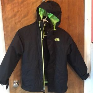 03398f1a5fb5 The NorthFace Boys Vortex Tri-climate
